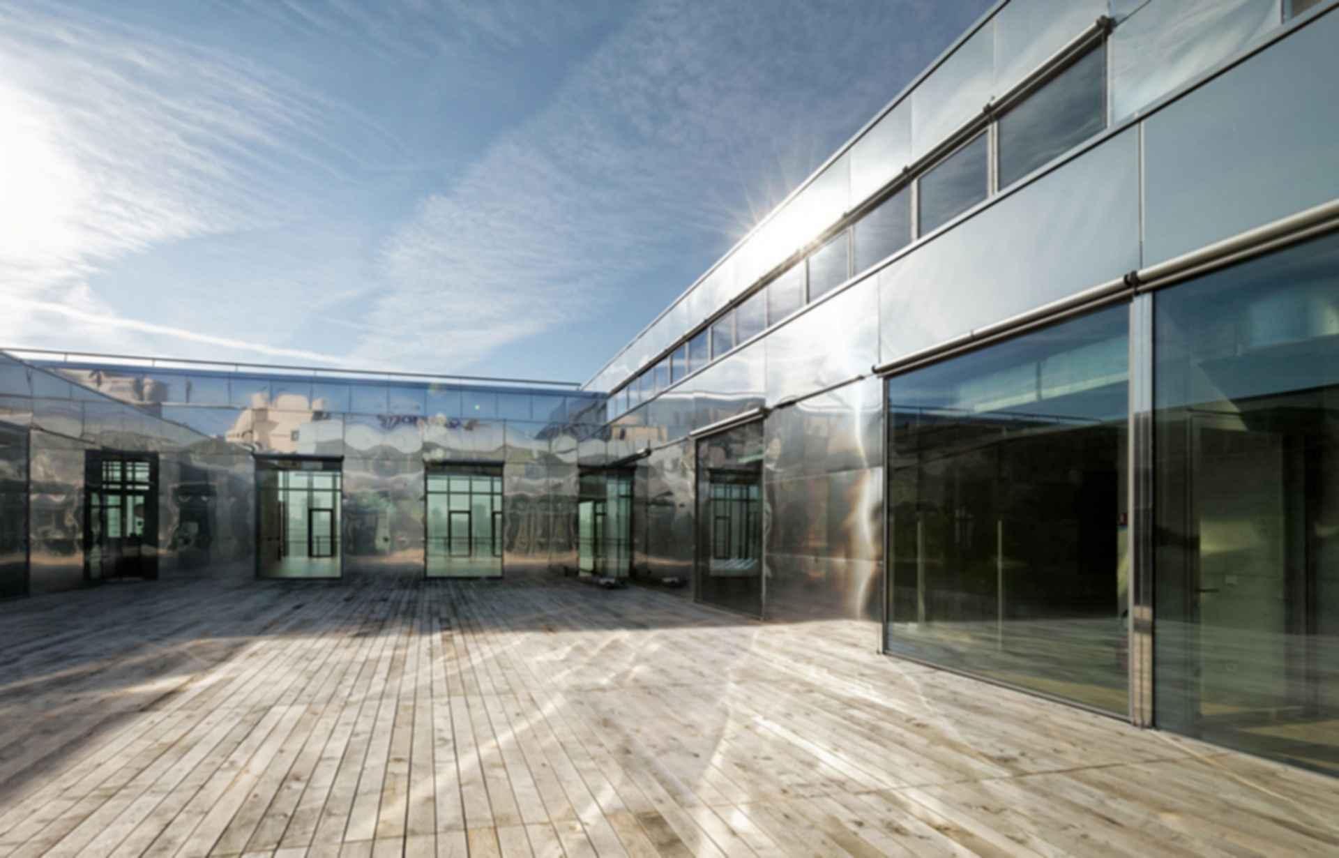 Sports Center Jules Ladoumegue - Courtyard