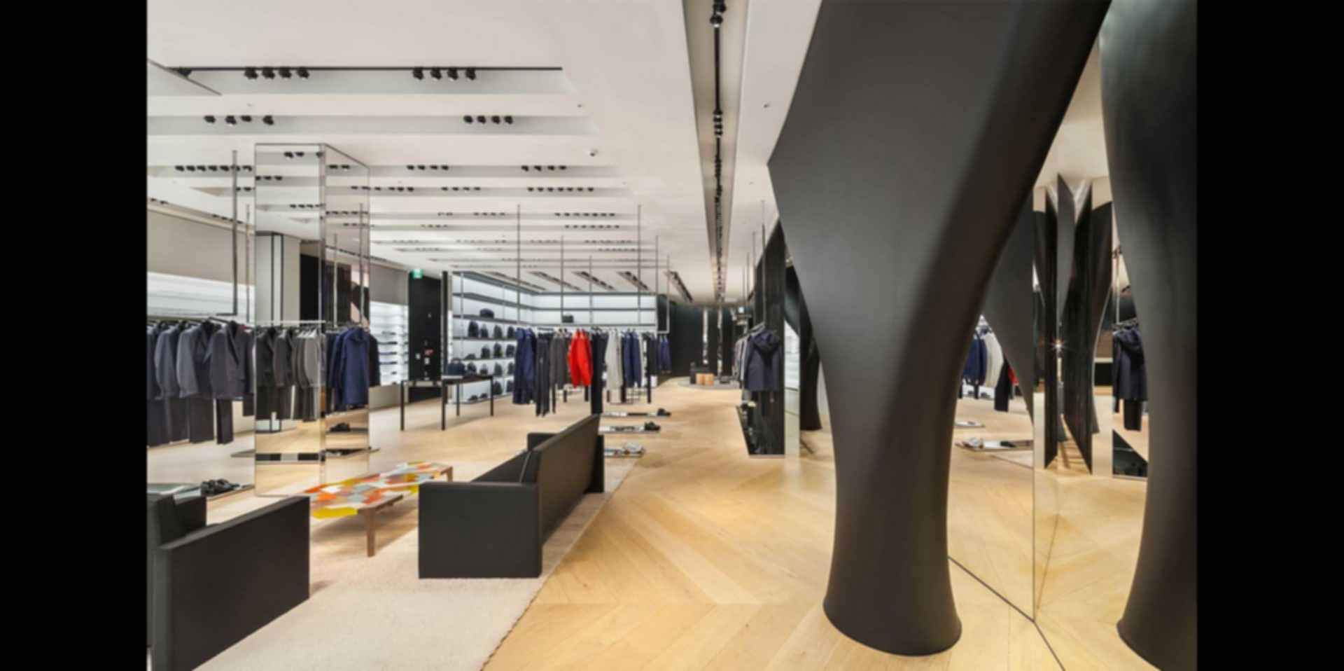 House of Dior - Interior Store