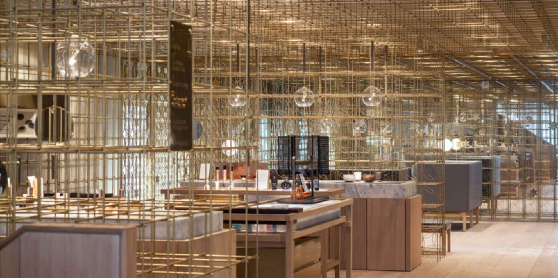 AMORE Sulwhasoo Flagship Store - Interior