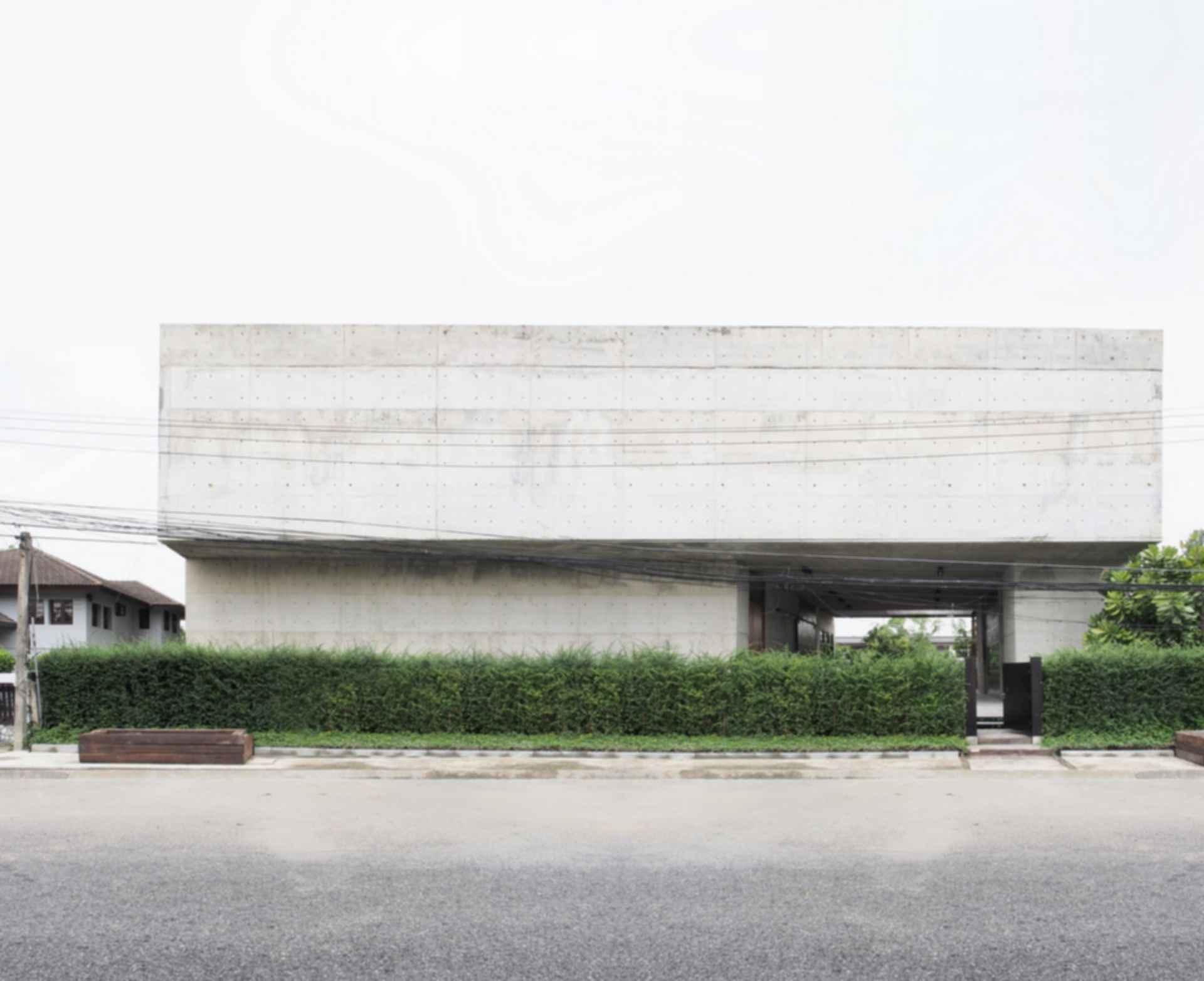 Solid Concrete Studio   Gallery - Exterior/Street View