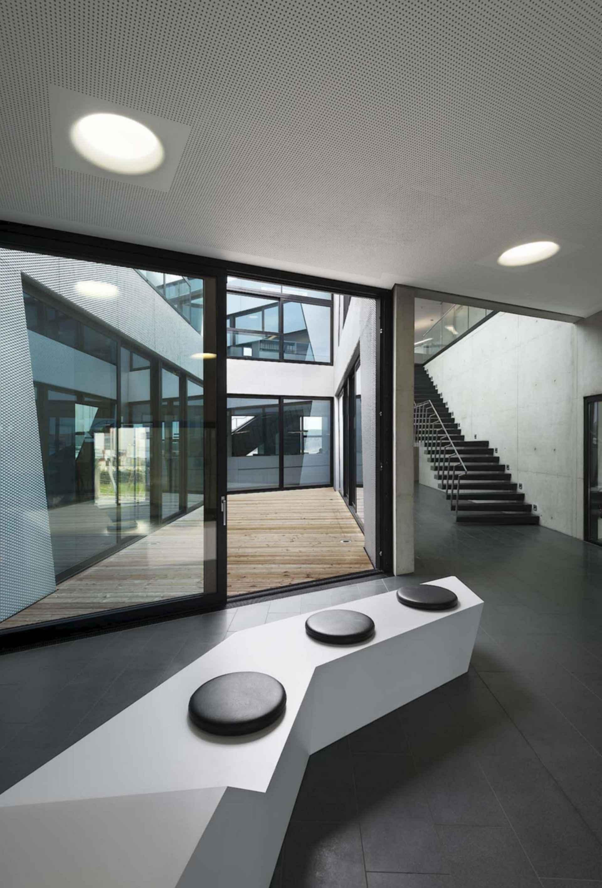 Drehmo - Interior