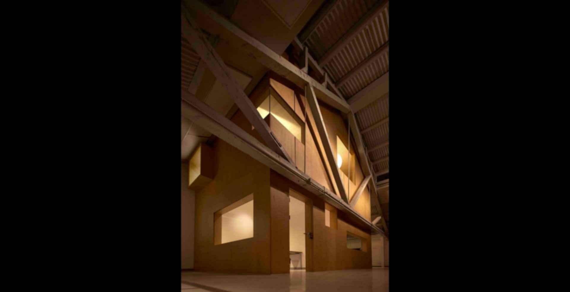 Arrow Factory: Hutong Media & Culture Creative Space - interior beams