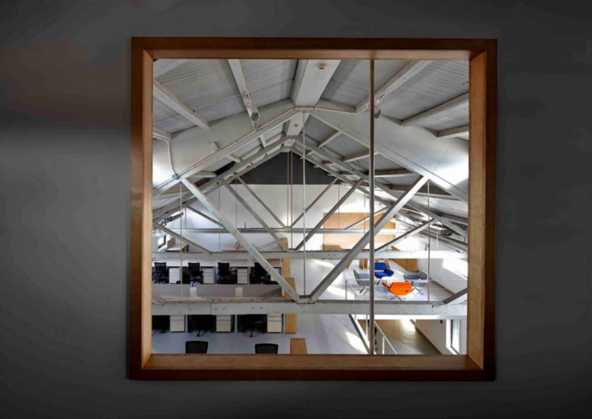 Arrow Factory: Hutong Media & Culture Creative Space - interior/beams
