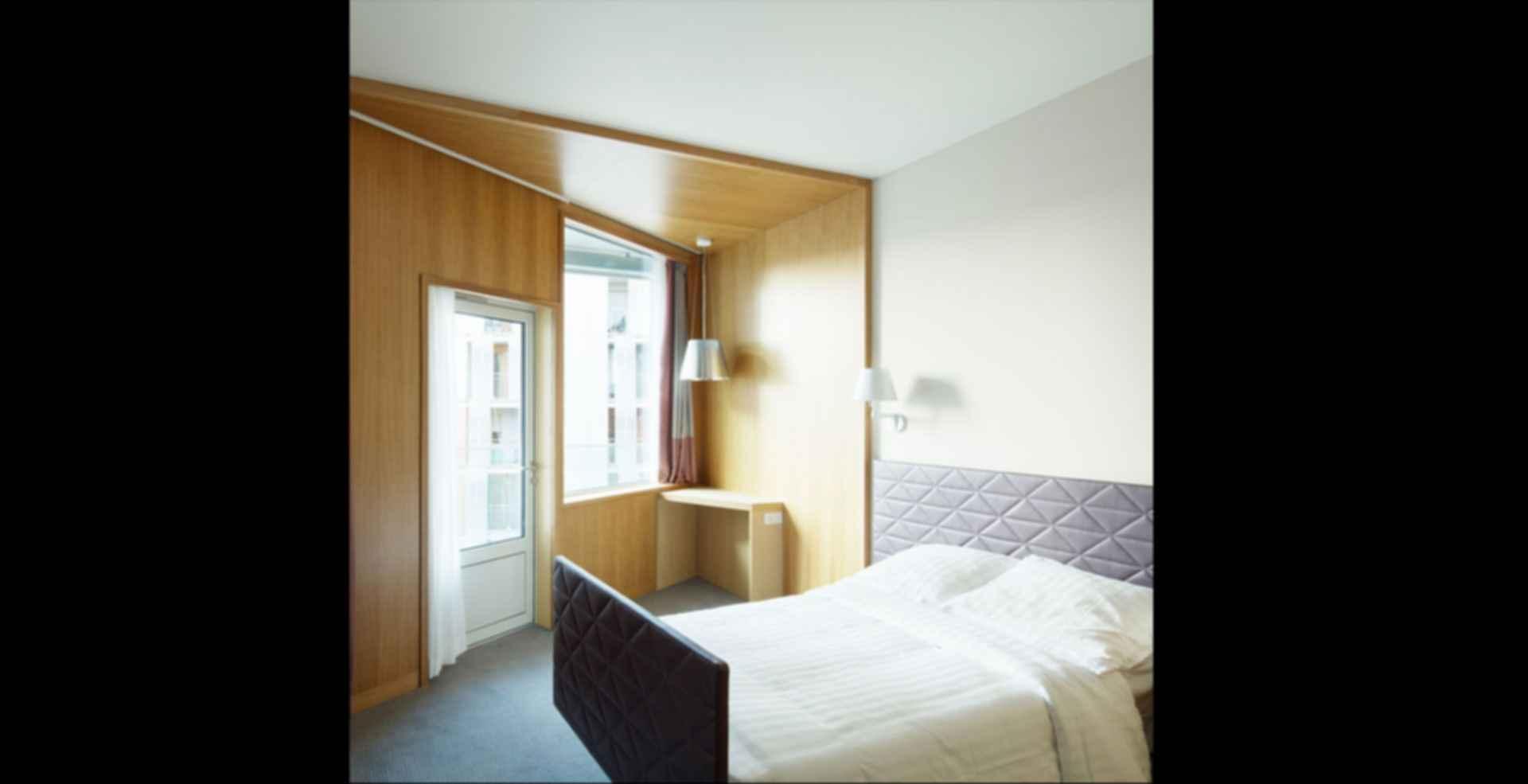 Nursing Home in Batignolles - interior/bedroom