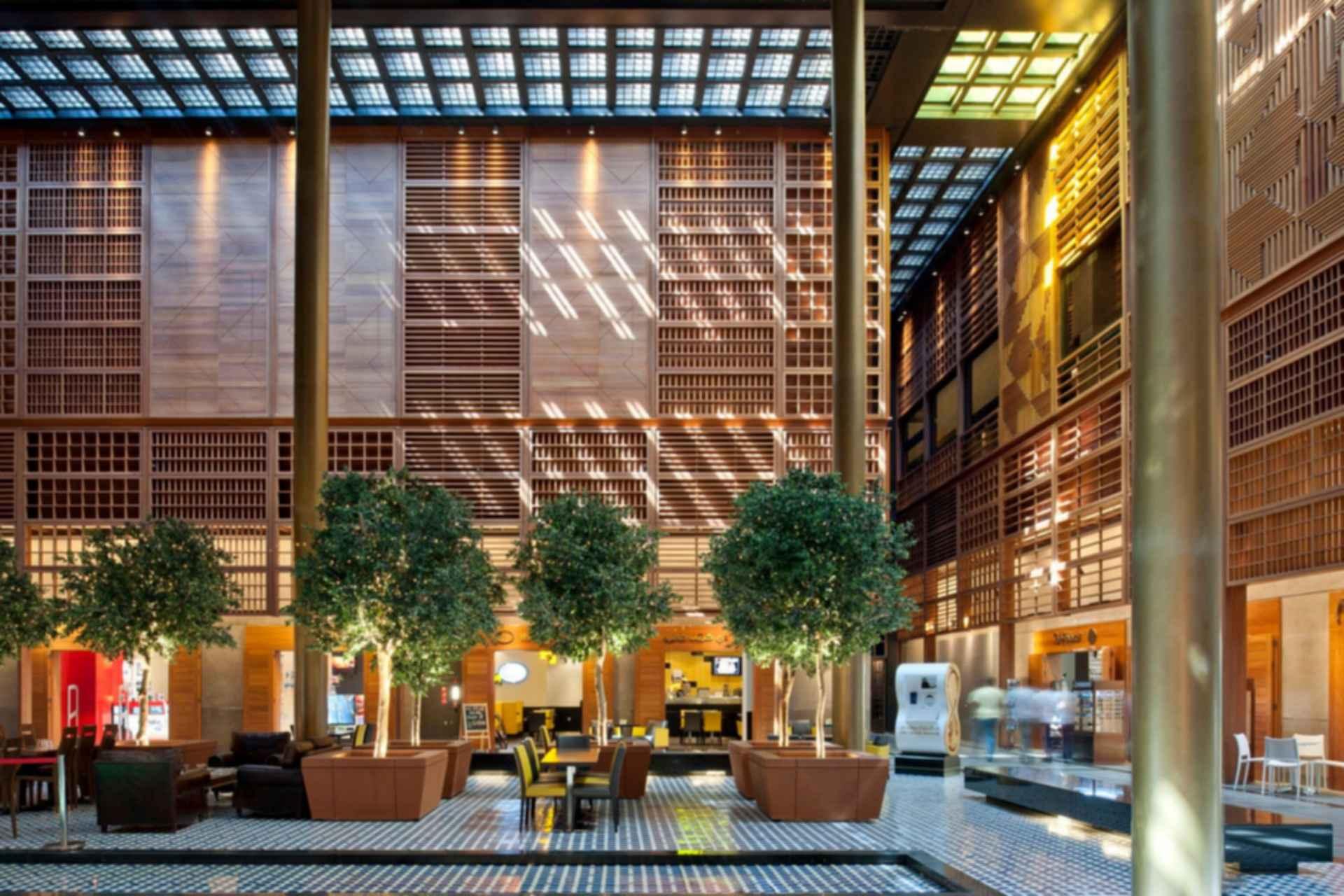 World Trade Center Souk and Mall - interior