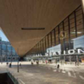 Rotterdam Central Station - exterior front entrance