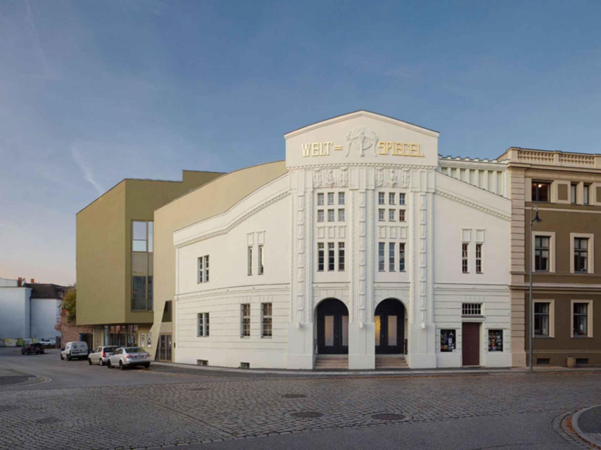 Filmtheater Weltspiegel Cottbus - street facade