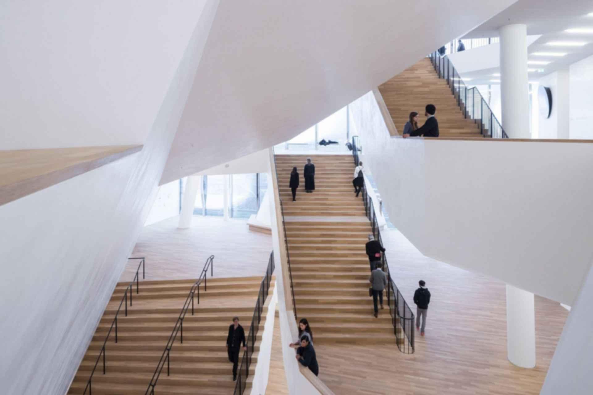 Elbphilharmonie - stairs