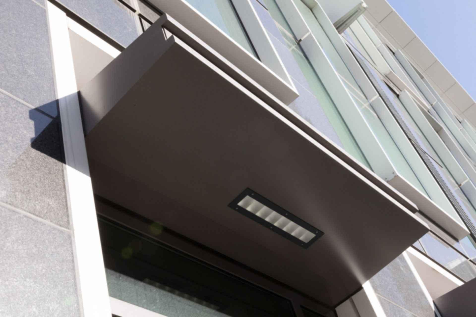 Window Overhang Light Detailing