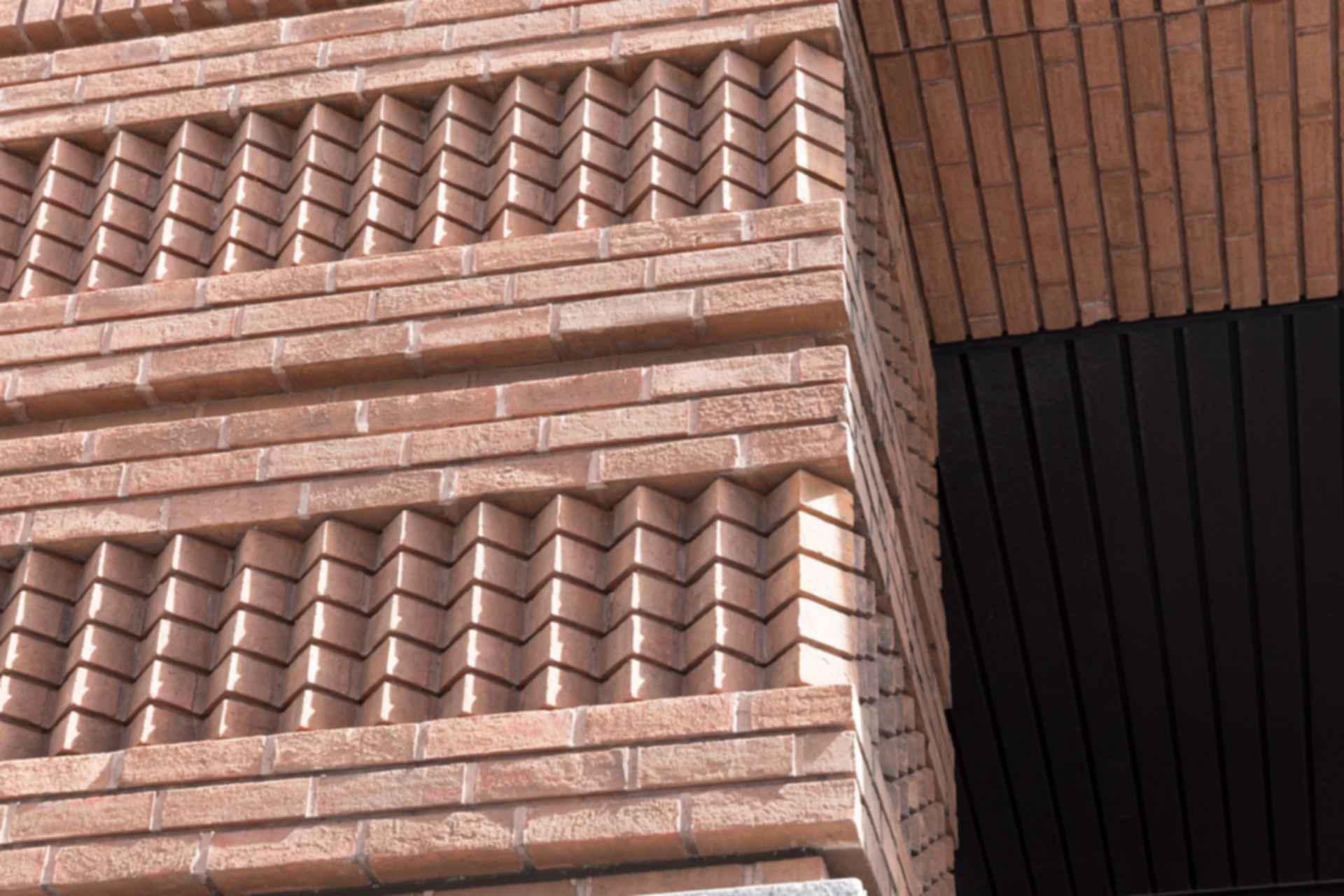 Exterior Brick Wall Detailing
