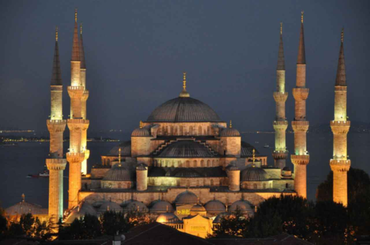 Sultan Ahmed Mosque - Exterior