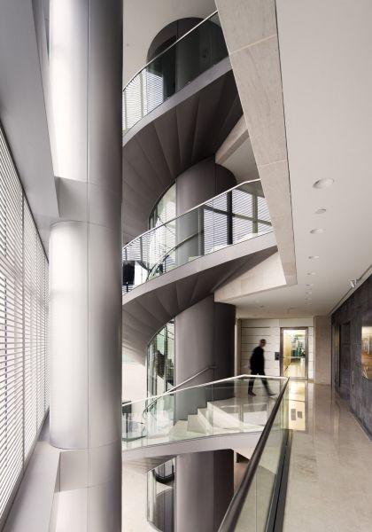 Torre espacio interior for Espacio interior