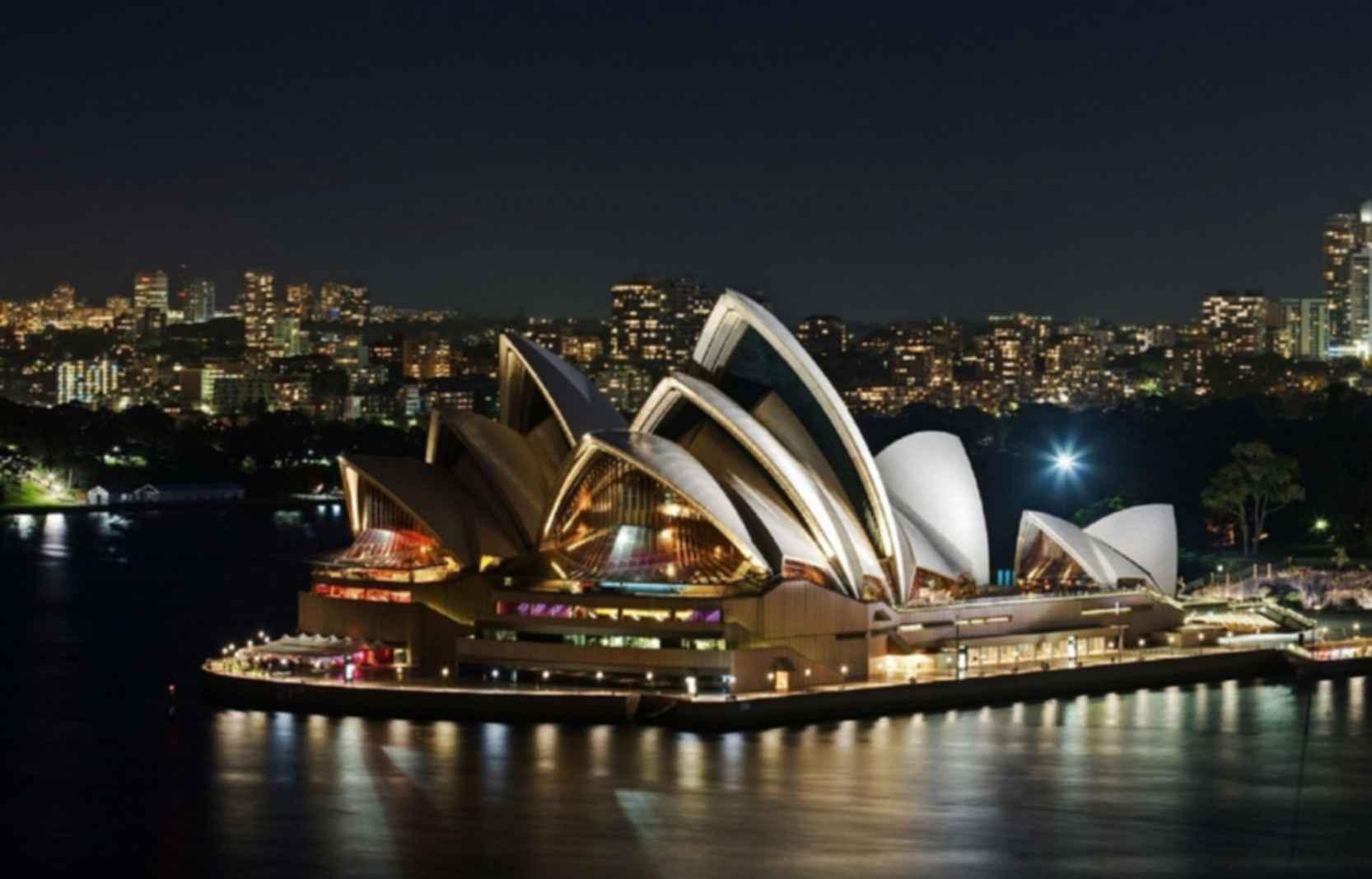 Sydney Opera House - At Night