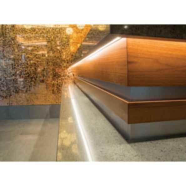 Surfa® 6 Light Channel Fixture