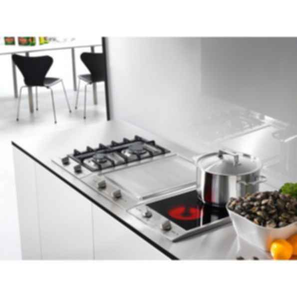 "CS1112E Ceramic Double-Burner 12"" Hob - 208v"