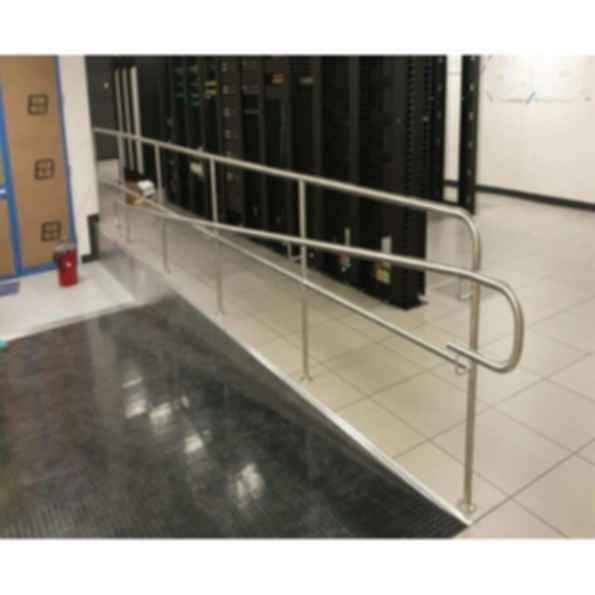 Stainless Steel Q Line Handrail - System DL1-2000