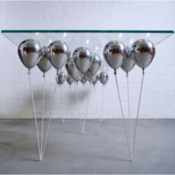 Up Balloon Dining Table