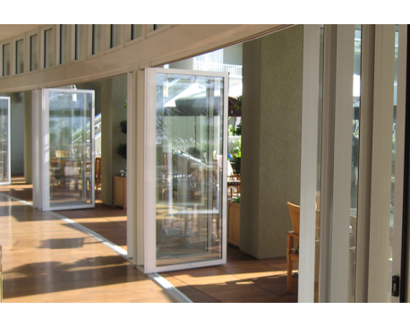 Nanawall photo of nanawall systems corte madera ca united for Retractable walls residential
