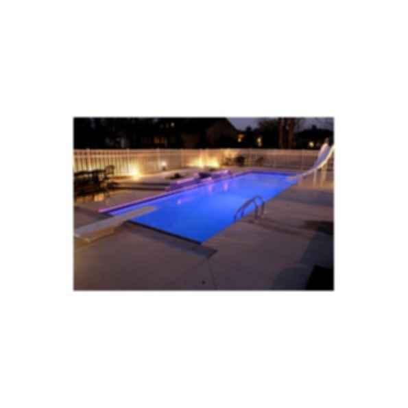Luxor Deep Swimming Pool